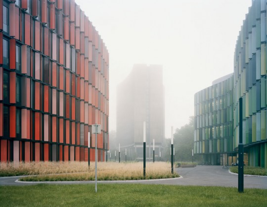 Sauerbruch Hutton / Colour in architecture / Distanz 2012